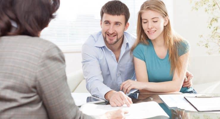 Find en boligadvokat på nettet, når du skal handle bolig
